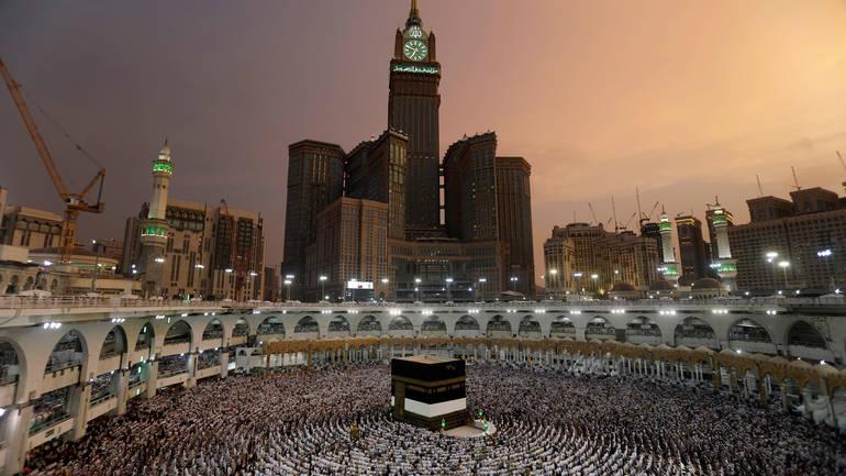 Qyteti i shenjtë Meka sulmohet nga karkalecat