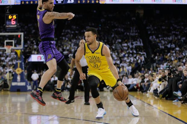 """Lakers """"leksion"""" kampionëve të Golden State"""