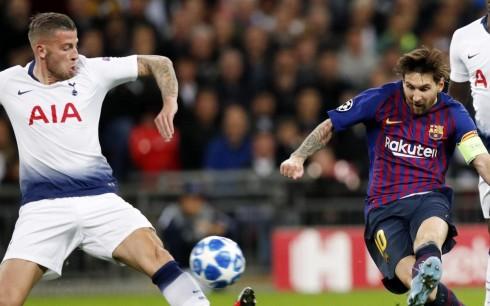 """Barça """"bie"""" pas 72 ndeshje, ja statistikat negative në sfidën kundër Totenhemit"""