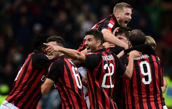 Tre emra për Milanin, ja kush janë kandidatët për mesfushën kuqezi