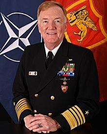 Admirali Foggo përkrahë ushtrinë e Kosovës