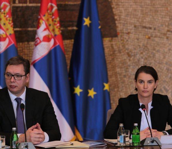 Bashkimi i pikave kufitare Kosovë-Shqipëri nxit reagime të shumta në Serbi