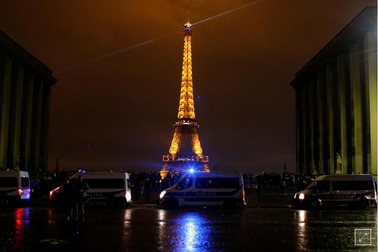 Frikë nga protesta e të shtunës, Franca mbyll muzetë, dyqanet dhe Kullën Eiffel