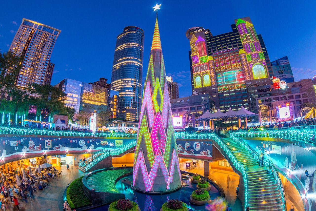 Disa nga qytetet me pemët më fantastike të Krishtlindjeve