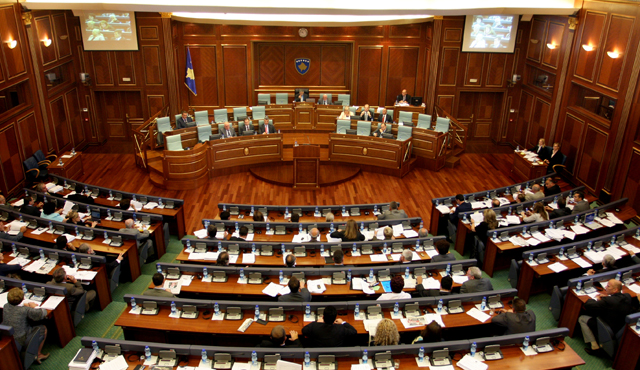 Kuvendi me shumë seanca të jashtëzakonshme dhe pa asnjë efekt