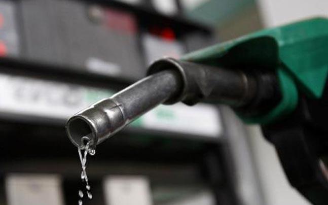 MTI-ja e pa interesuar për rregullimin e çmimeve të naftës