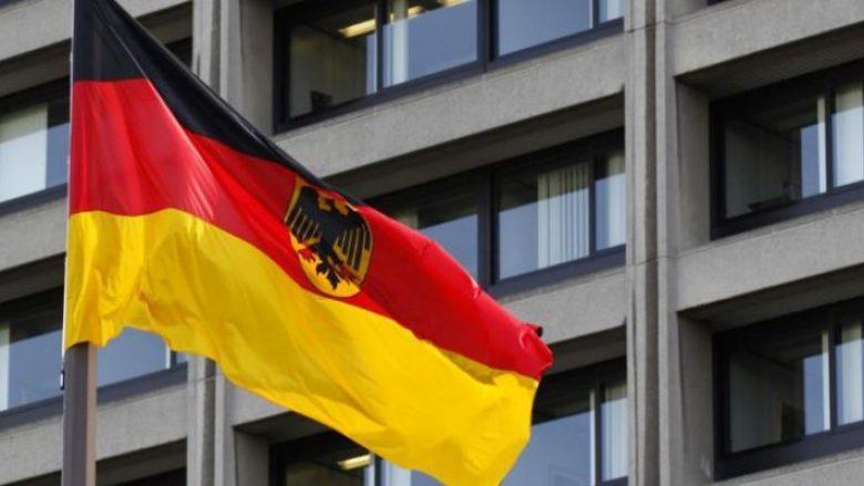Ambasada Gjermane: Të mos keqpërdoret miratimi i ligjeve për FSK-në për eskalim