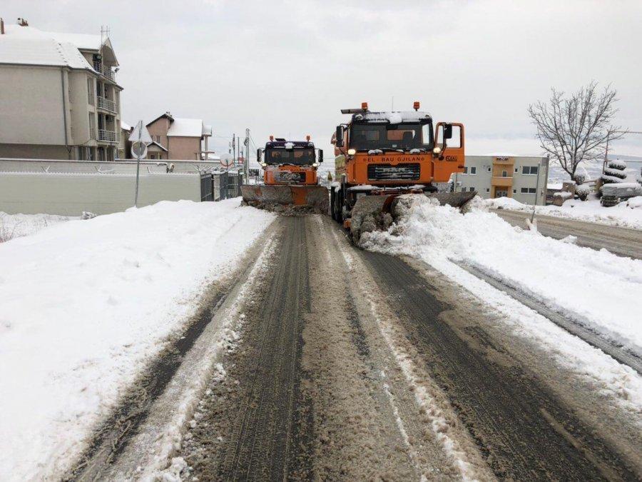 Rrugët e Gjilanit janë të hapura dhe të kalueshme
