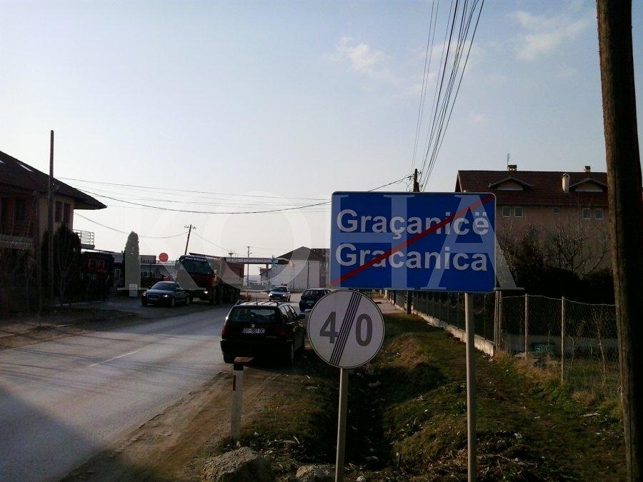 Shqiptarët e Graçanicës pa transport publik