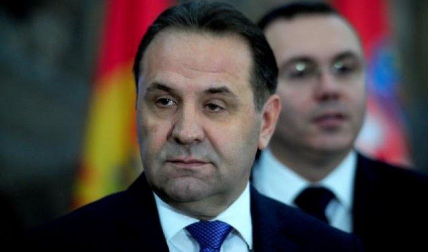 Lajiq tregon se si 2600 ndërmarrje nga Serbia kanë mbetur pa treg nga taksa 100%
