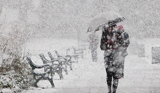 Moti nesër, në mëngjes pritet të bie borë