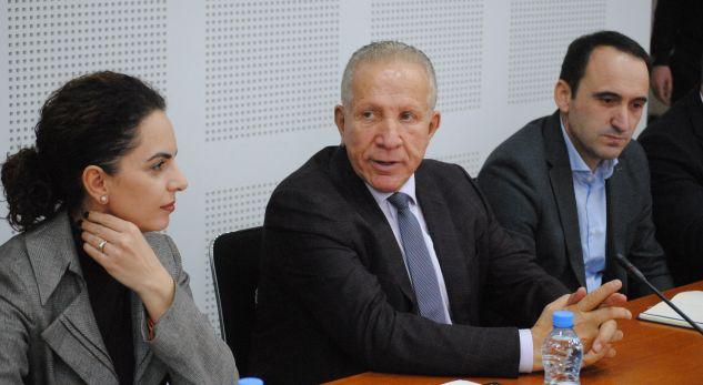 Pacolli tregon se si Serbia angazhoi vajza të bukura për të lobuar kundër Kosovës