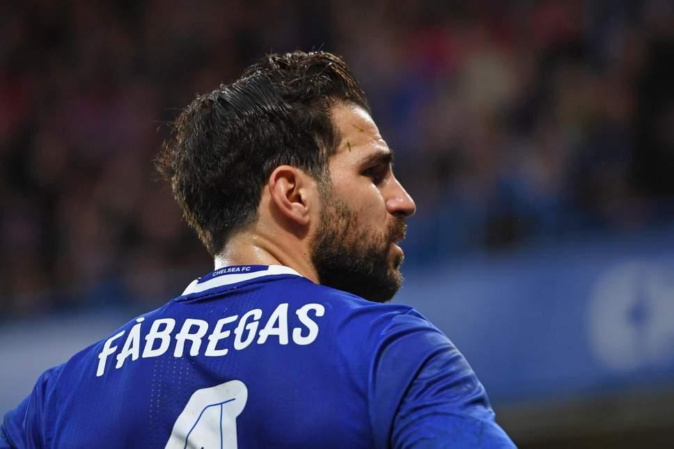 A do t'i bashkohet Fabregas Milanit? Përgjigjet lojtari