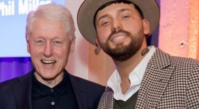 Gashi pranë Bill Clinton: Urime Kosovë, nga unë dhe miku ynë i madh