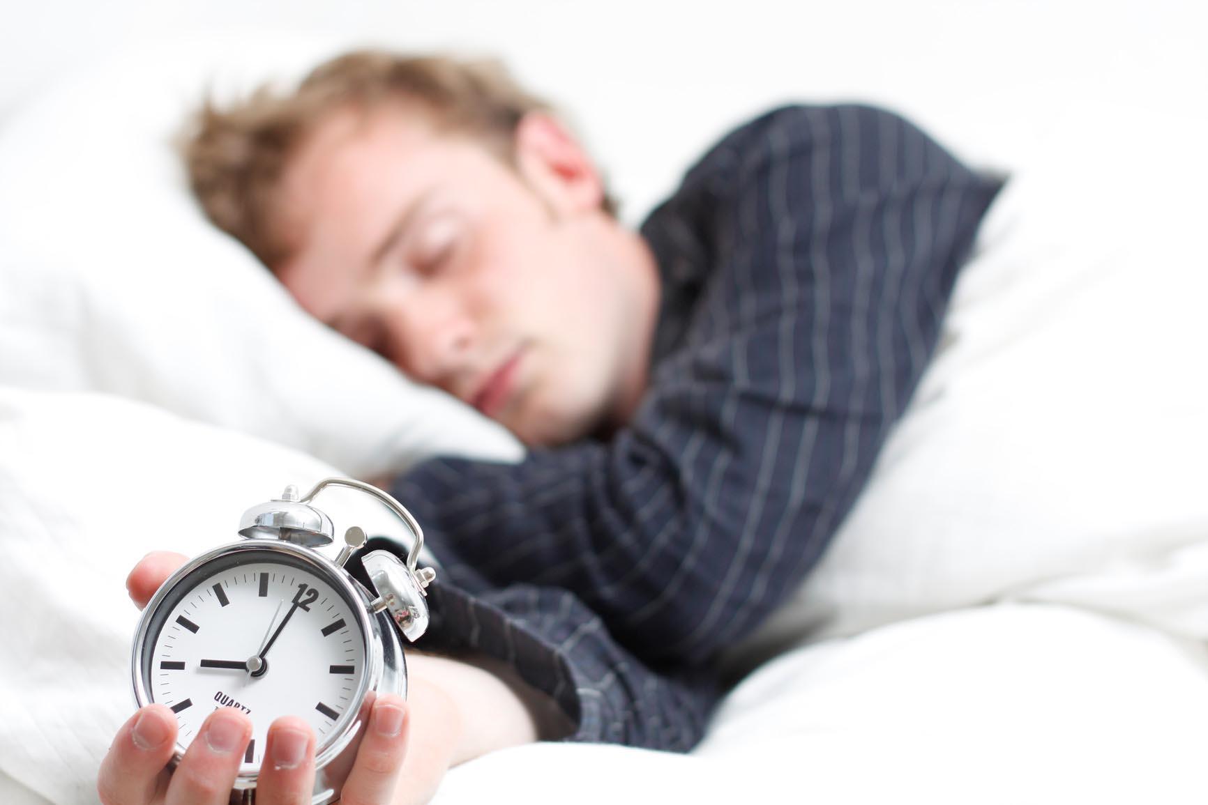 Gjumi i tepërt mund të jetë i dëmshëm për shëndetin tuaj