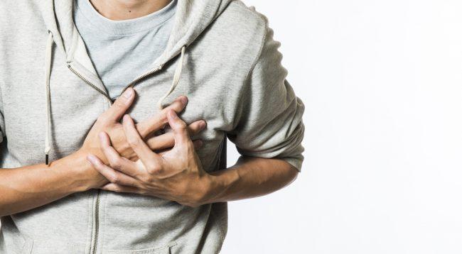 Pija që po iu rrezikon 5 herë më shumë nga sulmi në zemër