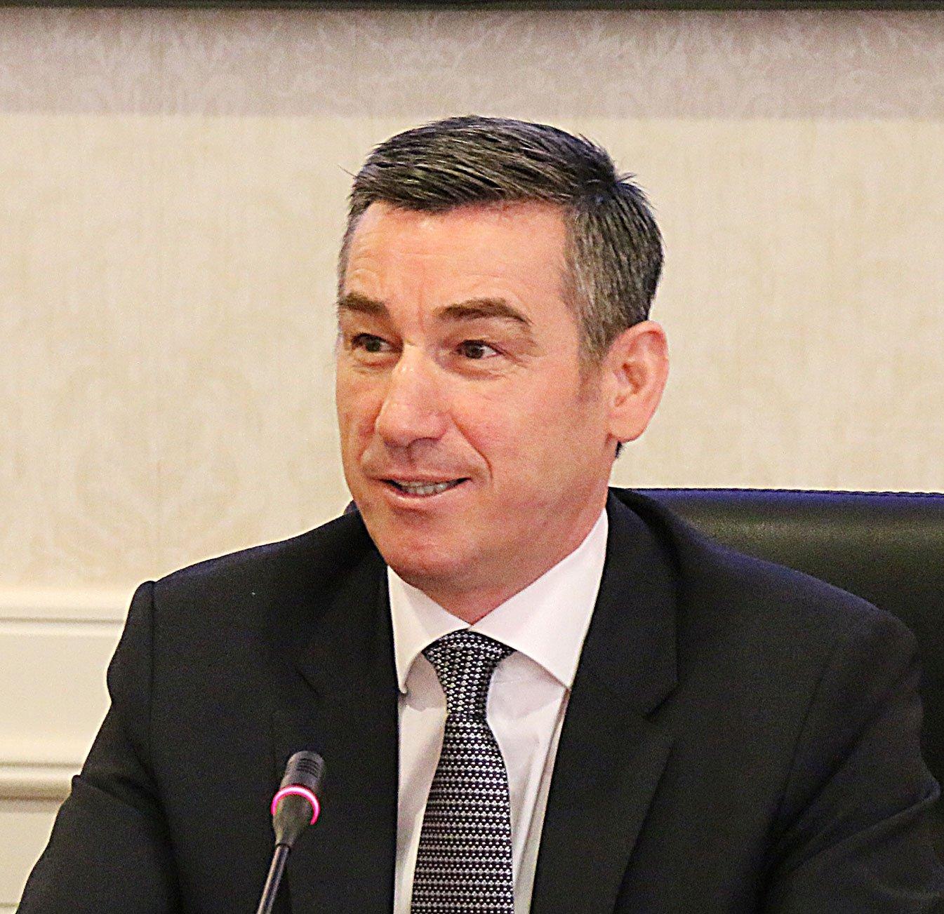 Haxhiu thotë se Kadri Veseli po angazhohet për t'ia bërë votat rezolutës së PSD'së