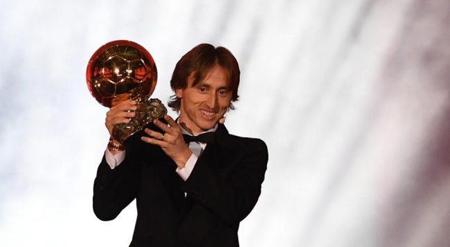 Modric: Në vitin 2016 ky njeri i madh më tha se do ta fitojë Topin e Artë
