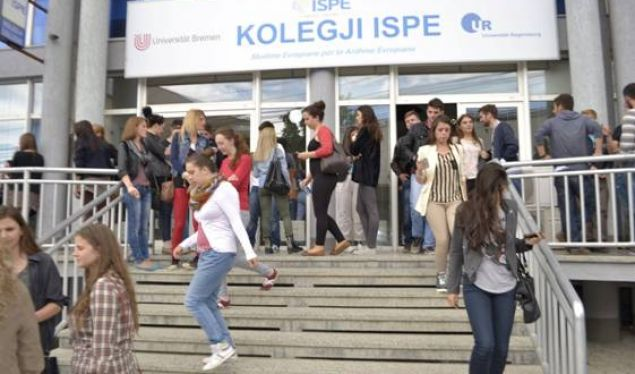 ISPE-ja ua dërgon përmbaruesit studentëve t'i paguajnë studimet që s'i kanë ndjekur fare
