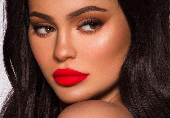 Brenda veturës së re luksoze të Kylie Jenner të dizejnuar special për të