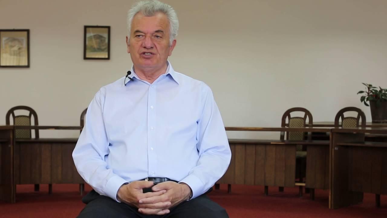Zymer Neziri me rrëfim ekskluziv për lahutën, UNESCO-në dhe eposin shqiptar