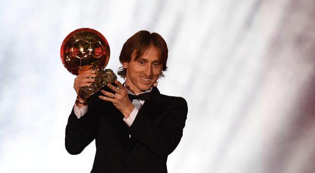 Modric tregohet i madh, ka një dedikim special për Topin e Artë