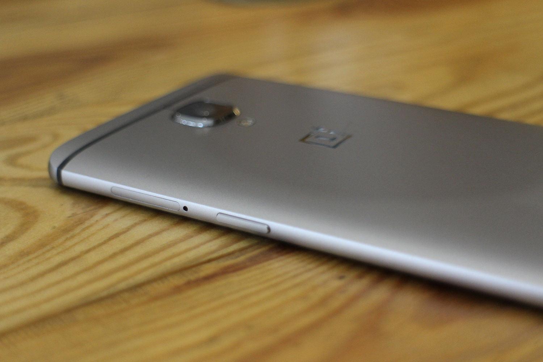 OnePlus mund të lansoj një telefon më të vogël
