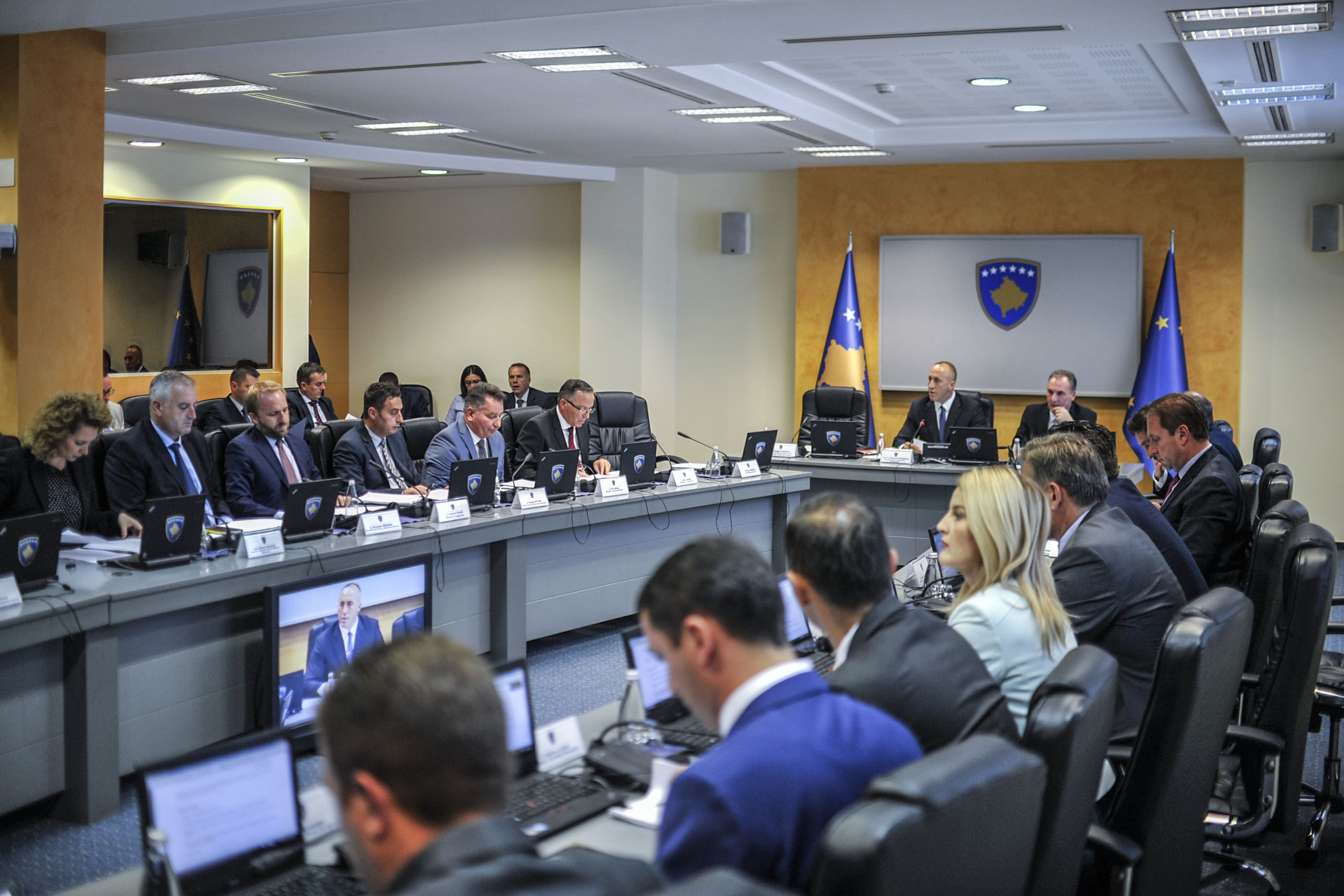 Qeveria sot pritet ta votojë projektligjin për dialogun