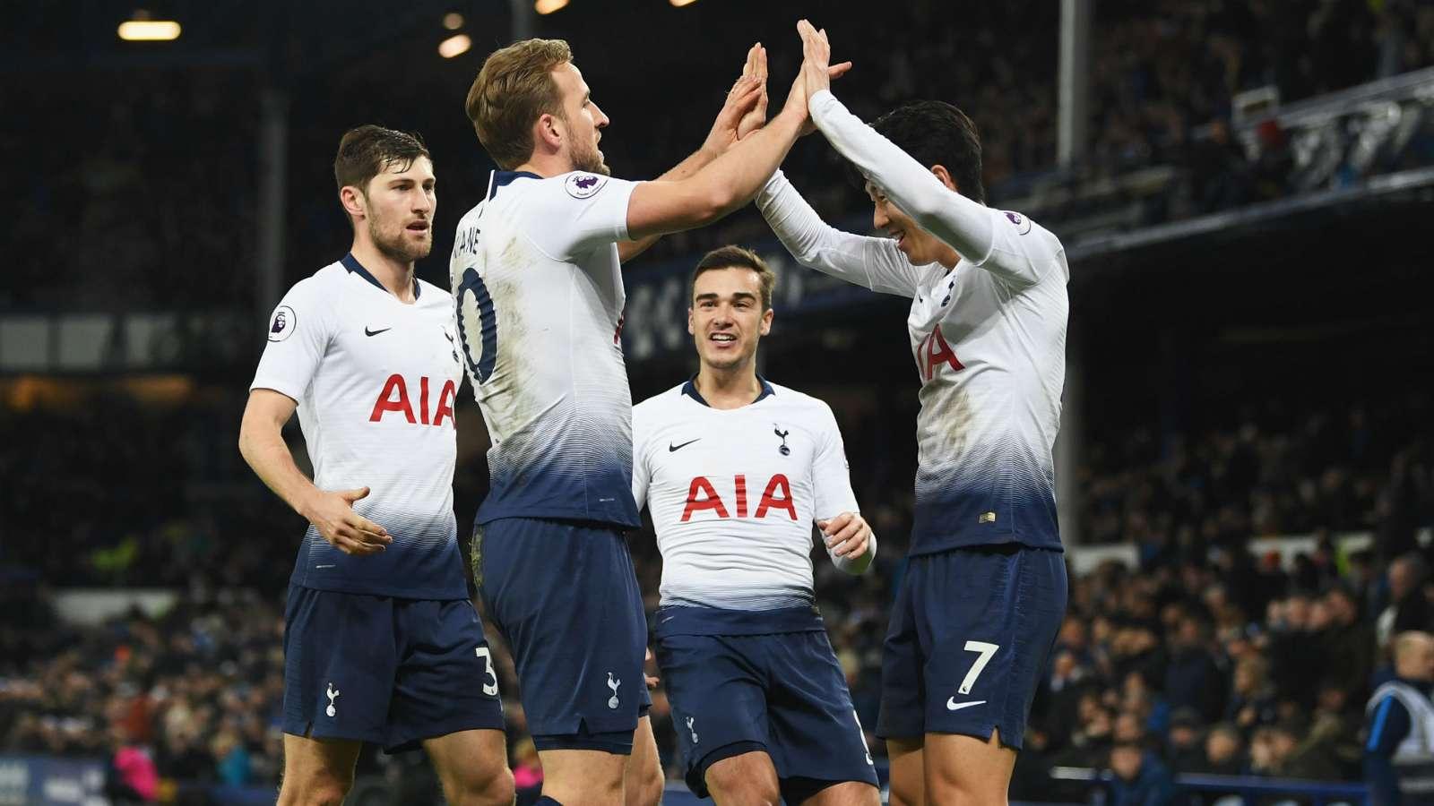 """""""Spurs"""" shkatërrojnë Evertonin midis 'Goodison Park'"""