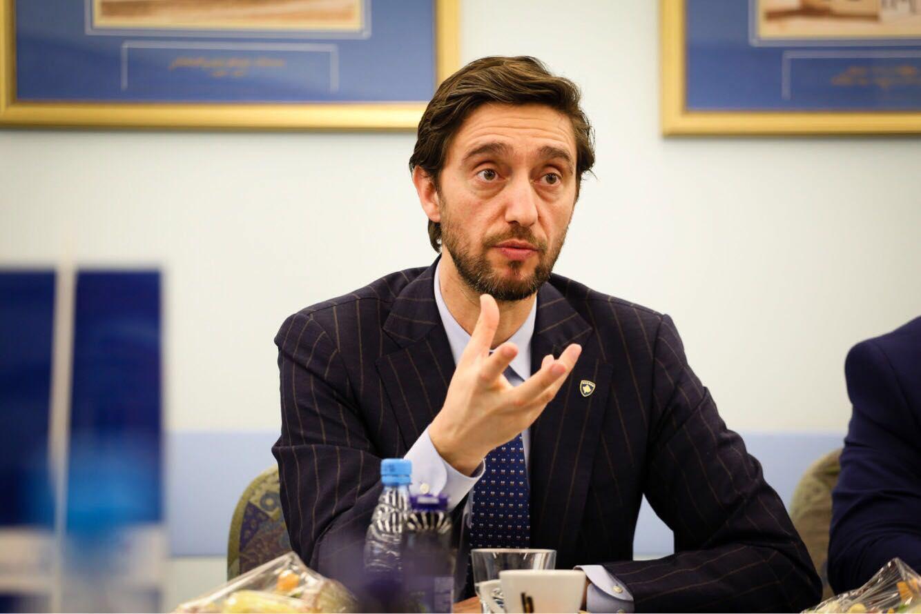 Ismaili zyrtarizon kandidaturën për kryetar të degës së PDK-së në Prishtinë