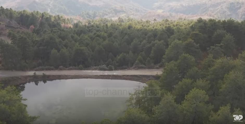 Të festosh në Gjinar, pika turistike e mbushur me vizitorë (VIDEO)