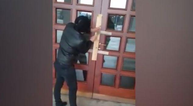 Vazhdojnë protestat, ky është veprimi i sotëm nga studentët në Shqipëri