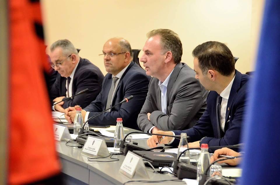 Limaj: Marrëveshjet Kosovë-Shqipëri kanë nisur të zbatohen edhe në praktik