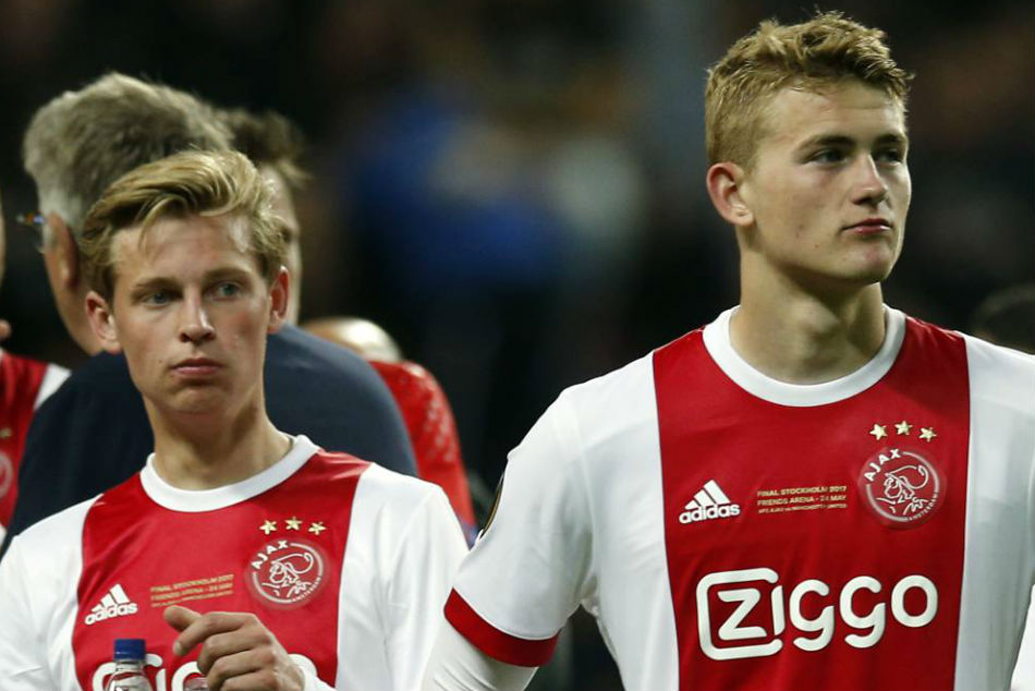 PSG-ja hakmerret ndaj Juves e Barçës, 150 milionë euro për dy yjet e Ajaxit
