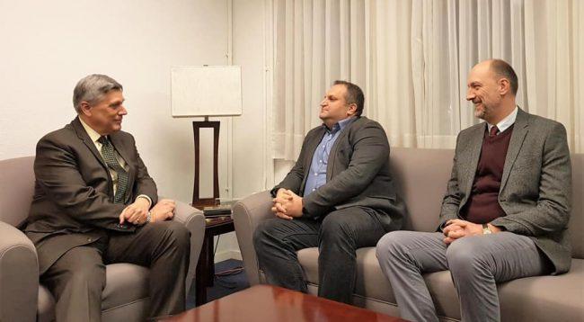 Kosnett takon Ymerin e Ahmetin, bisedojnë për dialogun