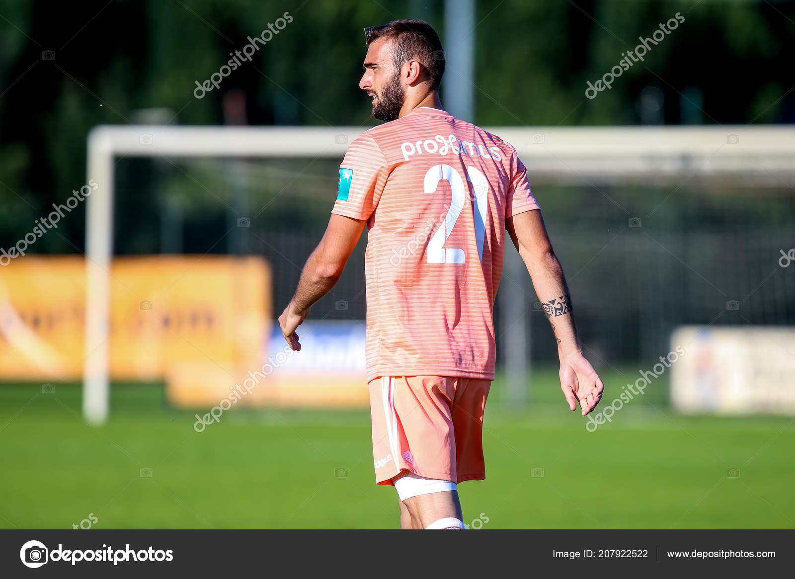 Abazaj largohet nga Anderlechti, mbetet në elitën belge