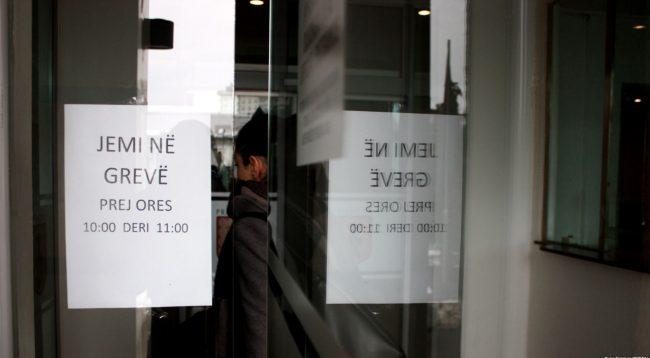 Kërkohet tërheqja e Projektligjit për paga