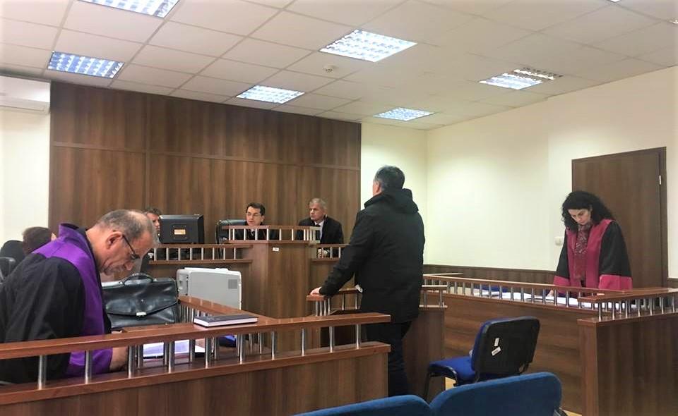 Gjykimi i rojeve të pyllit për 100 Euro ryshfet