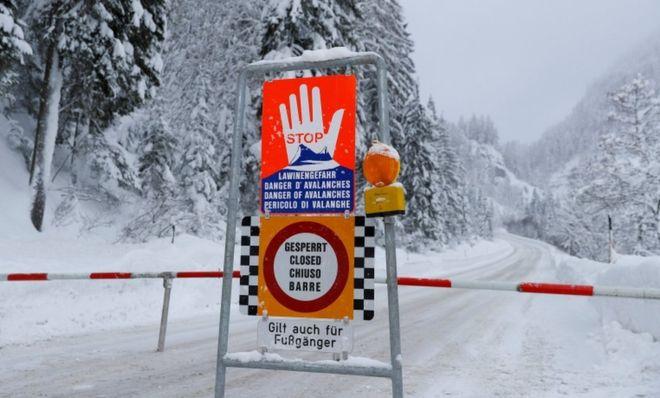 Orteku vret tre skiatorë në Austri