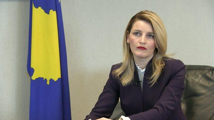 Hoxha: Liberalizimi i vizave është në zonën e debateve të zjarrta