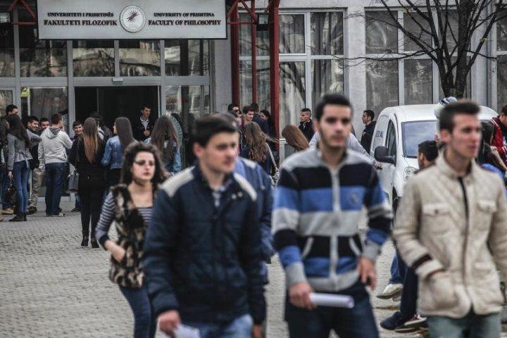 Të rinjtë po kryejnë drejtime që nuk i kërkon tregu