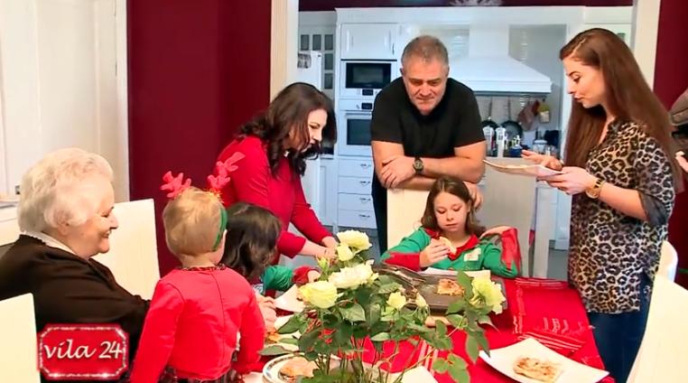 Në shtëpinë e Rudina Xhungës, si e priti familja e saj 2019-ën