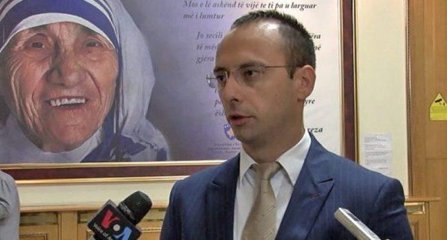 Simiq: Taksa e ka vështirësuar jetën e serbëve në veri