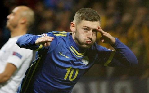 Punë e kryer: Arbër Zeneli bëhet me klub të ri