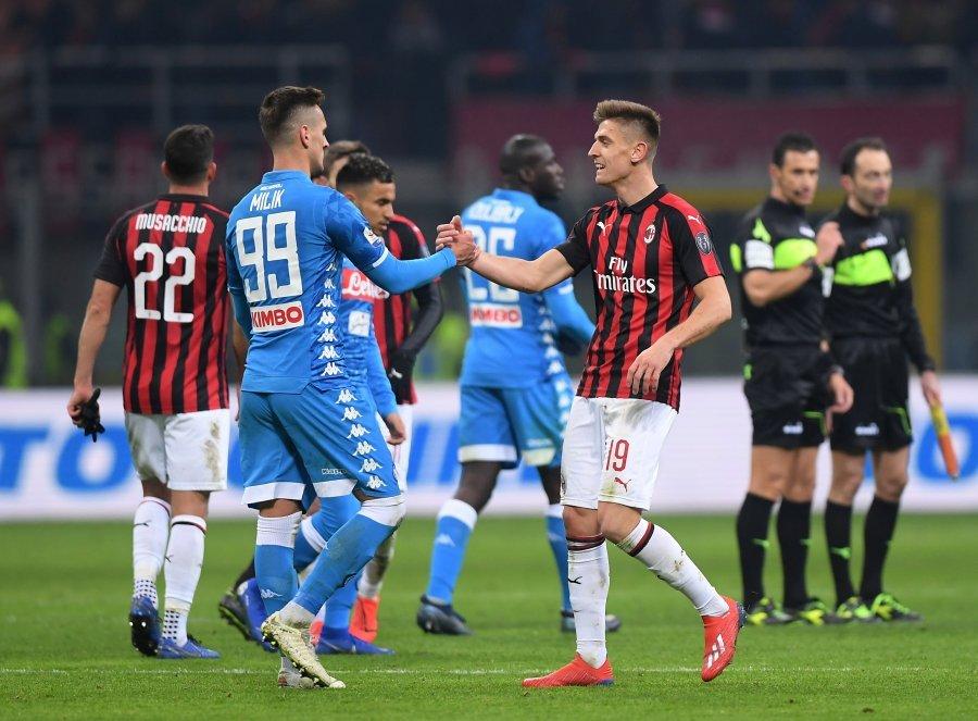 Milani në gjysmëfinale të Kupës së Italisë, falë Piatekut