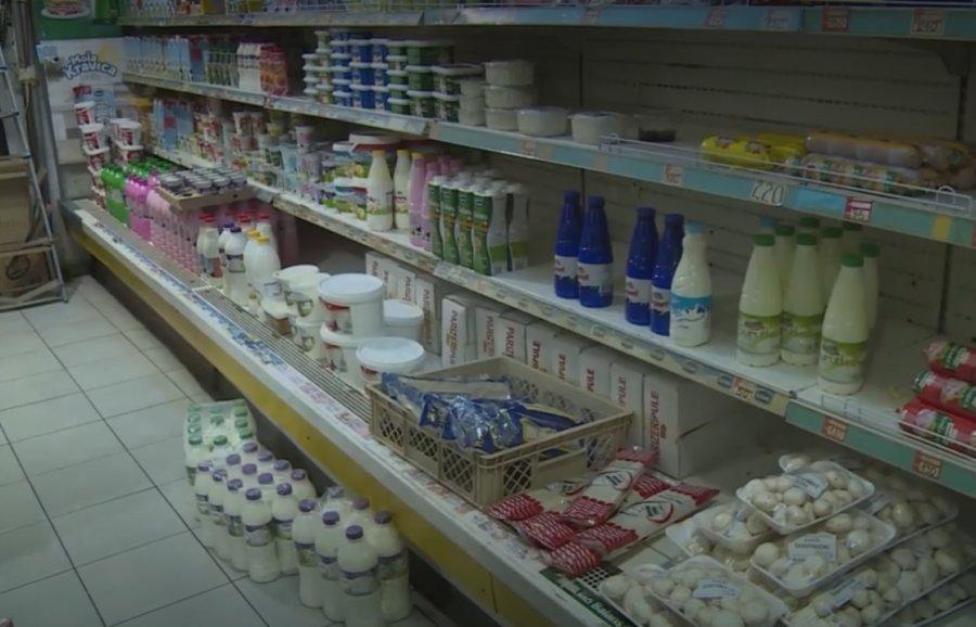 Ngritja e taksës s'ndikoi fare në dyqanet e veriut të Mitrovicës