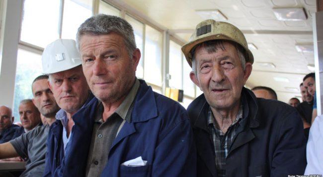 Minatorët e Trepçës në ditën e gjashtë të grevës