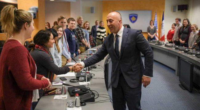 Haradinaj para studentëve të Iowa-s: Regjimi i vizave diskriminim për qytetarët tanë