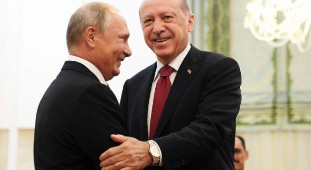 Erdogan i shkon për vizitë Putinit në Moskë