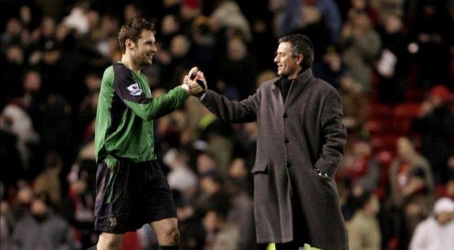 Mourinho me një mesazh të madh për Petr Cech pas lajmit për pensionim